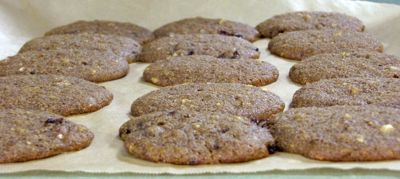 christmas-cookies-parchment