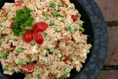 Smoked Salmon and Rice Salad | You'll love this tasty and flexible salad. It's a great quick meal that uses whatever is fresh from your garden, found at the farmer's market or part of your CSA. | TraditionalCookingSchool.com