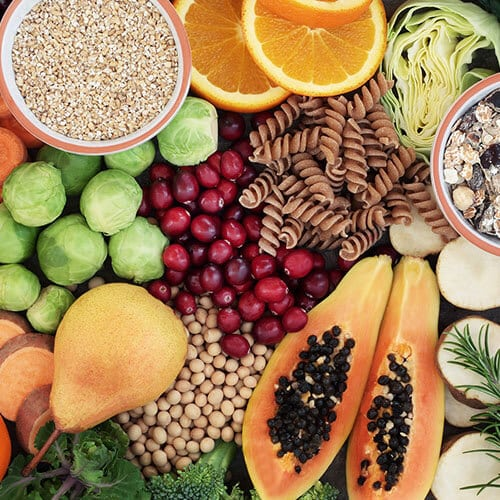 5 Ways Fiber Helps With Gut Health {+ which kinds & how much to eat every day}
