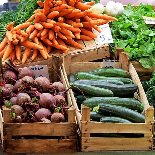 Should I Buy Local Or Organic Produce?