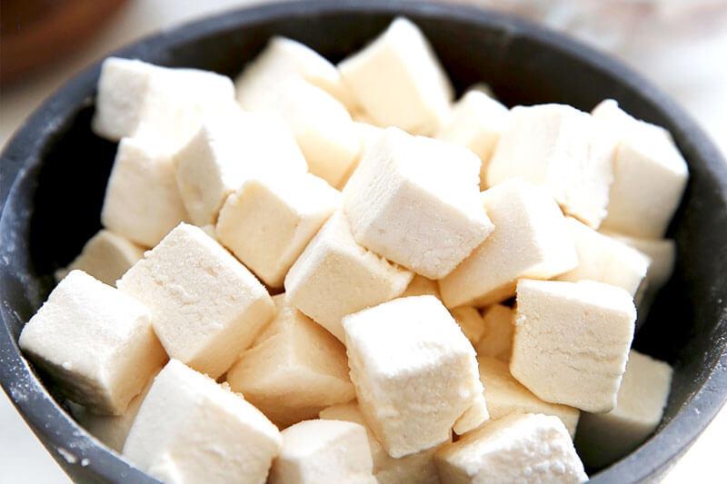 black bowl of Paleo marshmallow cubes