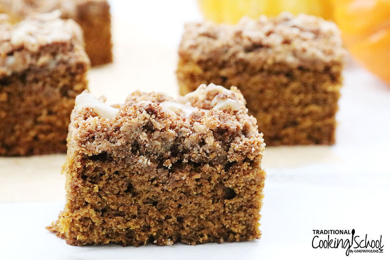 Slices of coffee cake.